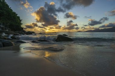 sunset at anse soleil, seychelles 1