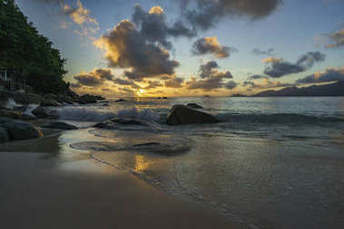 sunset at anse soleil, seychelles 1