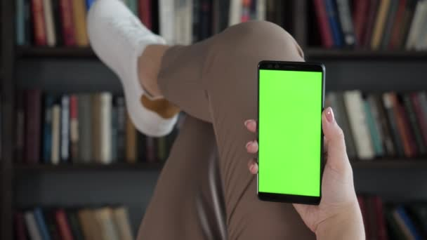 Přečtěte si novinky online knihy obchod relaxovat moderní život zaneprázdněný hipster web smart app pov