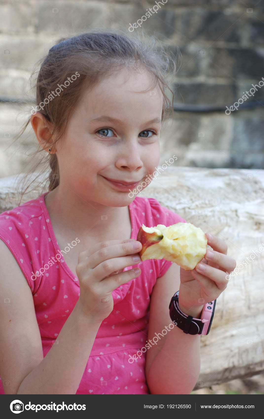daaacc9571b Hungry Little Girl Portrait Eating Red Apple Outdoor Healthy Snack for Kids  Bite the Fruit Apple