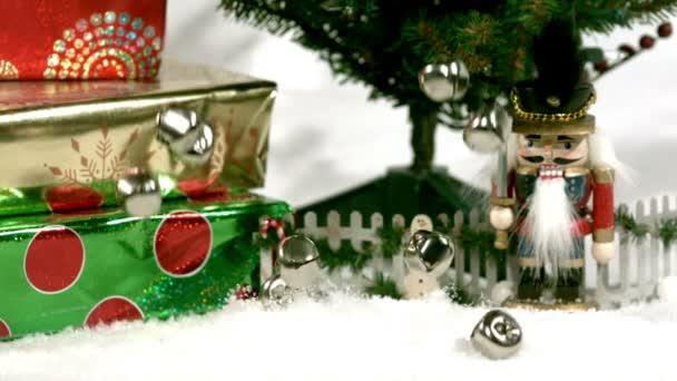 Jingle bells pád do sněhu rychle