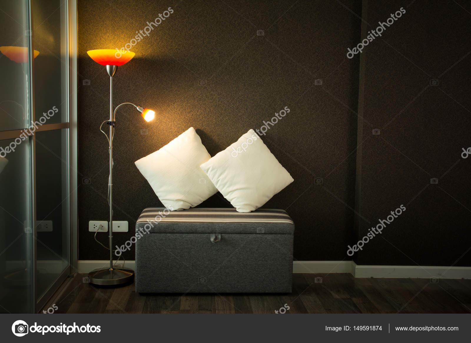 Woonkamer met lamp — Stockfoto © torsak #149591874