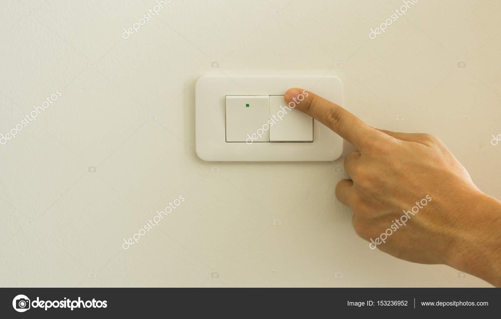 Lichtschalter ausschalten auf — Stockfoto © torsak #153236952
