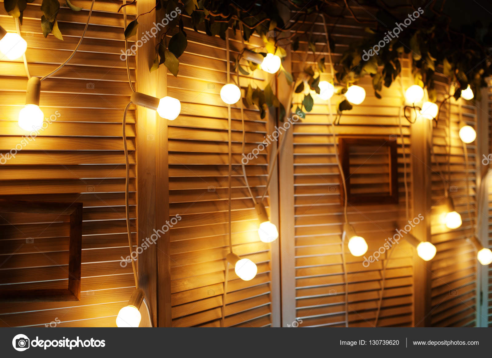 Great Wall Decor With Lights Central @house2homegoods.net