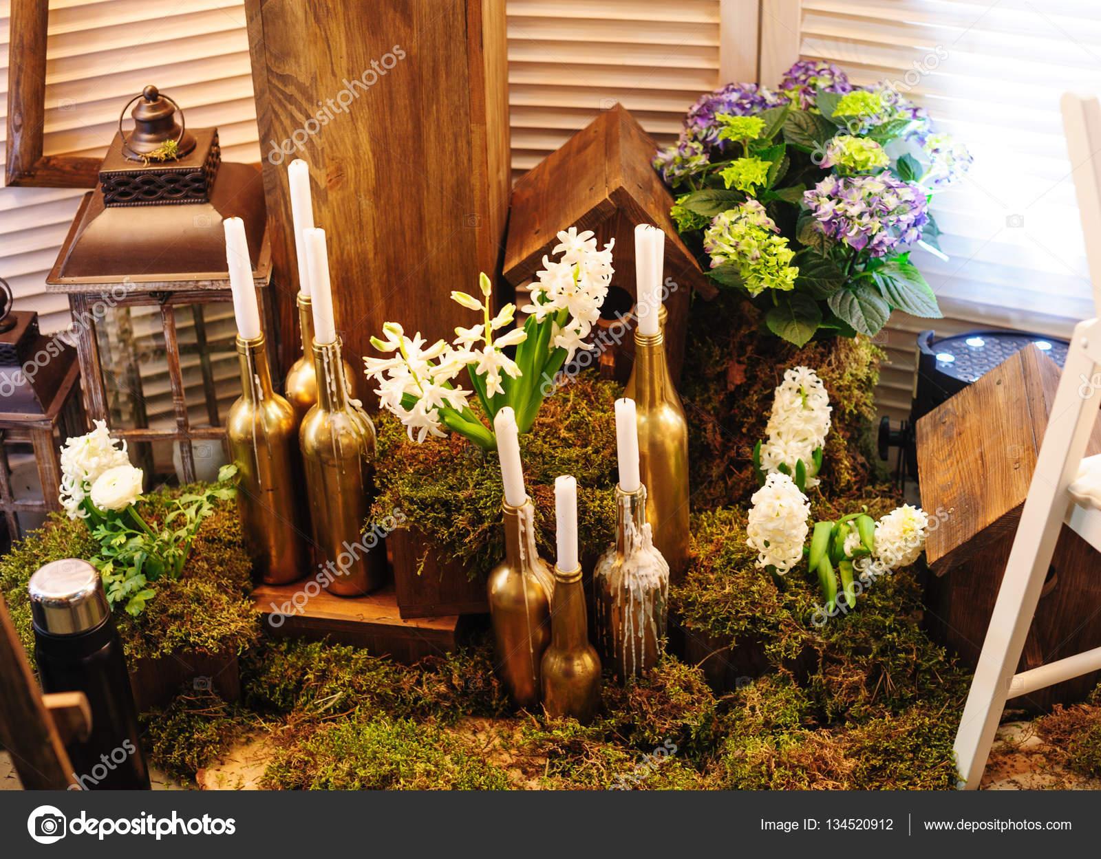 Hochzeit dekoration mit blumen und kerzen flasche stockfoto timonko 134520912 - Dekoration kerzen ...