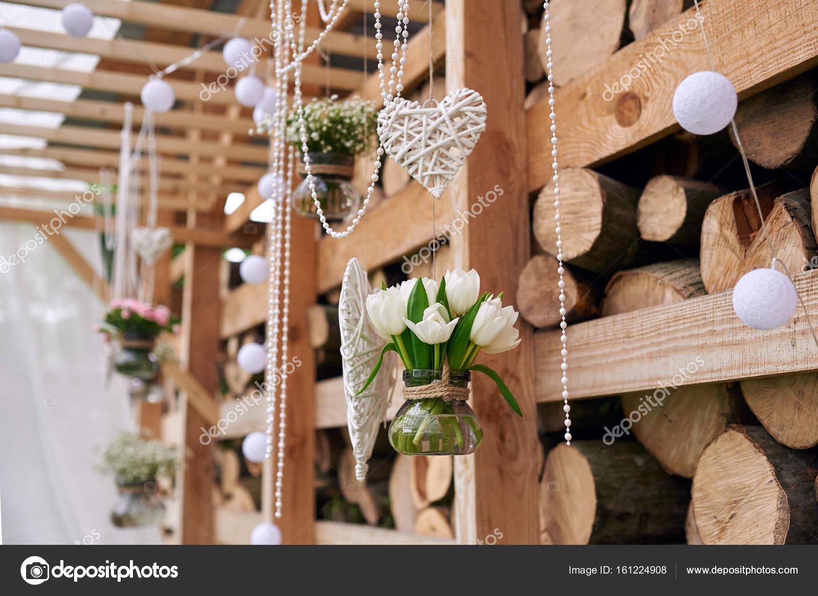Svatebni Vyzdoba V Rustikalnim Stylu Pro Obrad Stock Fotografie