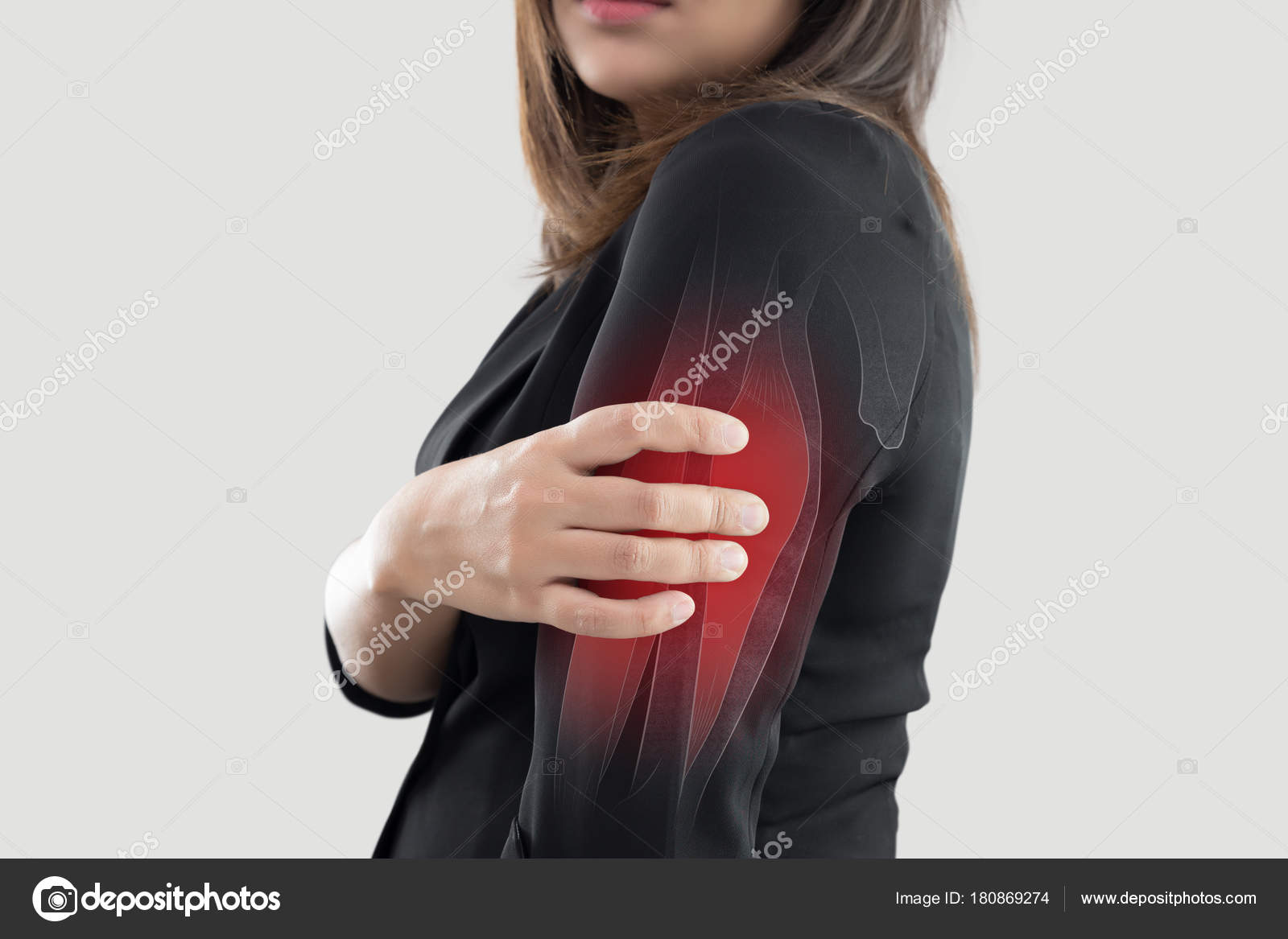 Frau mit Oberarm Schmerzen — Stockfoto © Tharakorn #180869274