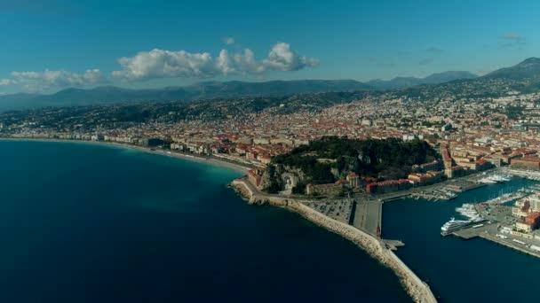 Letecký pohled na město Nice Francie a Středozemní moře