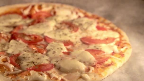 Pizza pečení v peci
