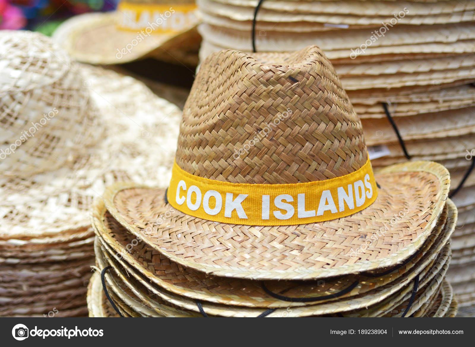 Szalma kalap a Cook-szigetek — Stock Fotó © lucidwaters  189238904 e1f1d9c9ec