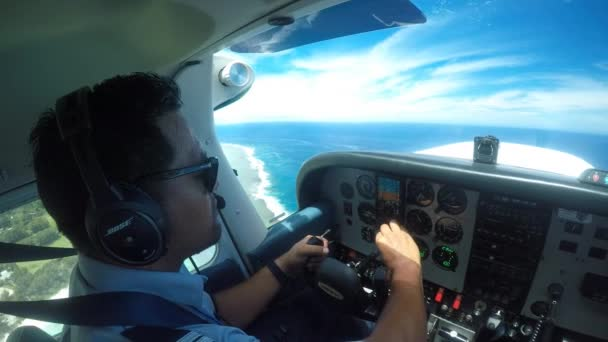 Air Rarotonga Pilot Fly Cessna 172 Skyhawk On A Scenic Flight Above Rarotonga Island The Largest Of The Cook Islands A Nation Of 15 Islands In The Central South Pacific