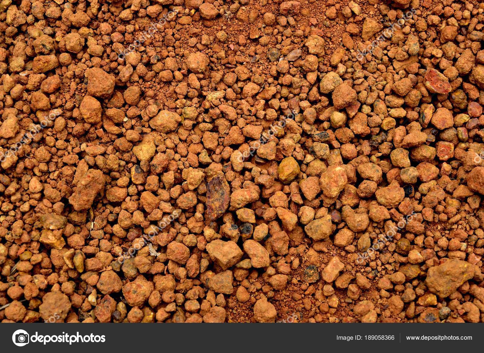 laterite soil Laterite story of the various soil types that occur in the tropics and sub- tropics, laterites are of special interest in conjunction with building.