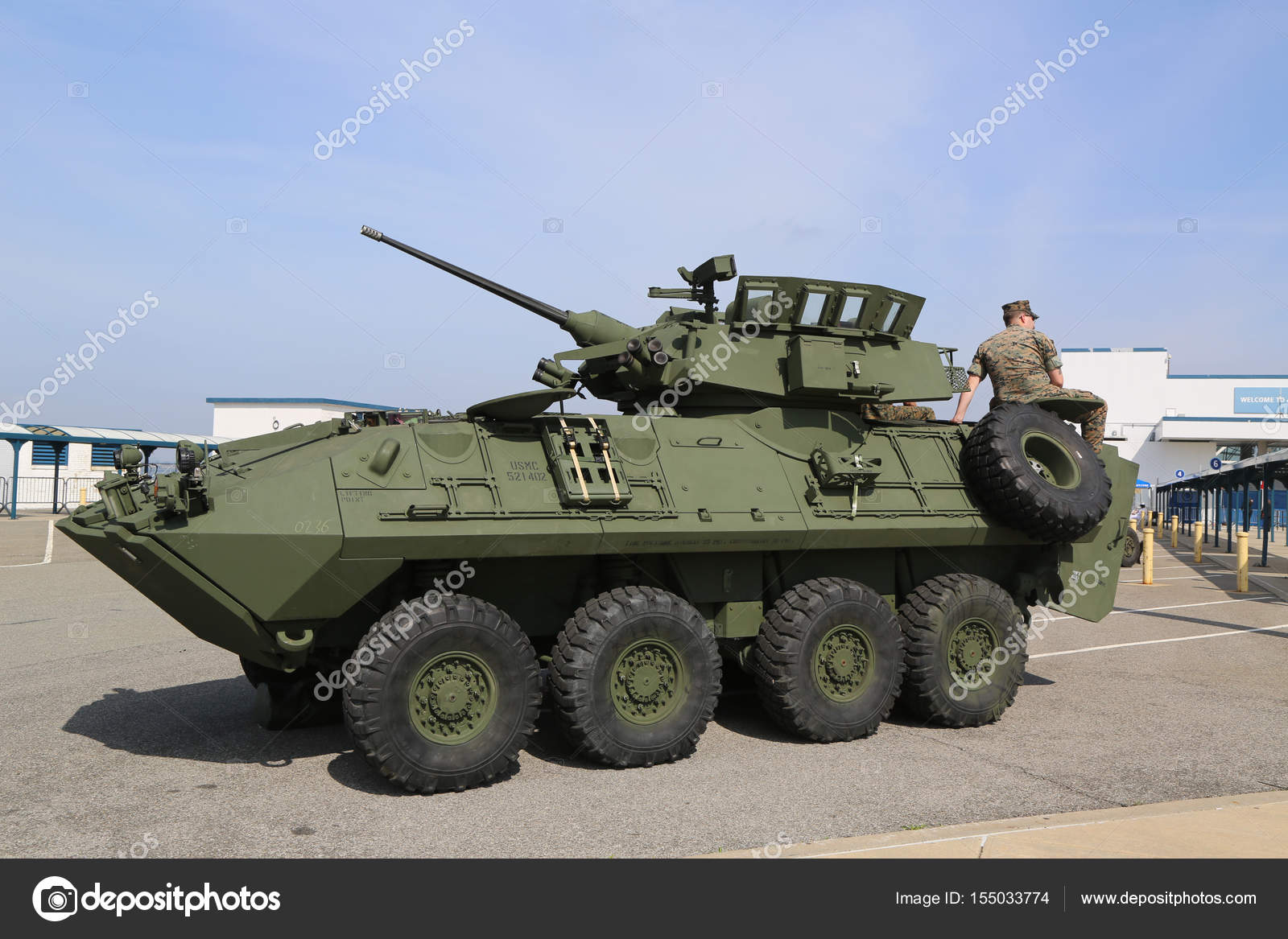 reconnaissance Light vehicle armored