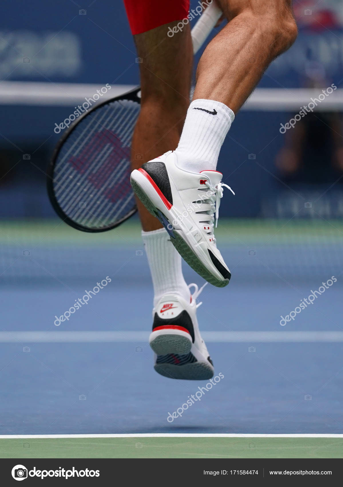 Grand Slam Champion Roger Federer Of Switzerland Wears Custom Nike Shoes During His Us Open 2017 Second Round Match Stock Editorial Photo Zhukovsky 171584474
