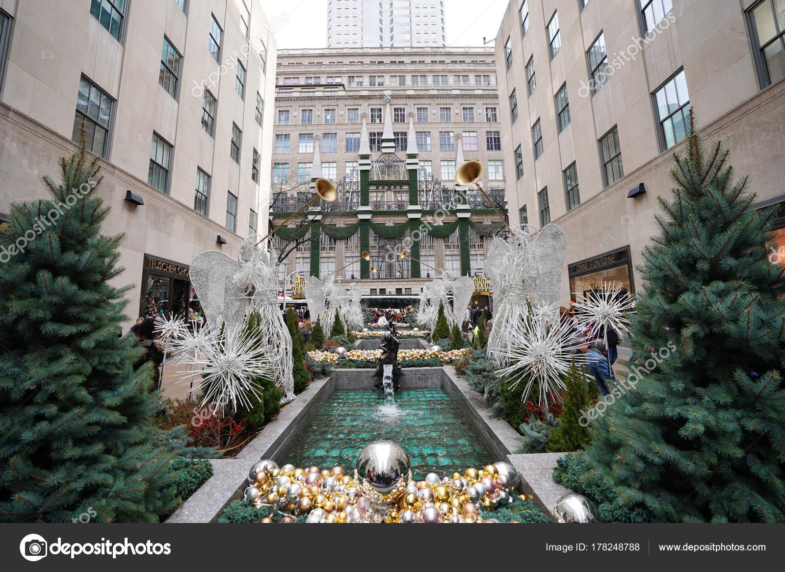 New York Décembre 2017 Décorations Noël Ange Rockefeller Center ...