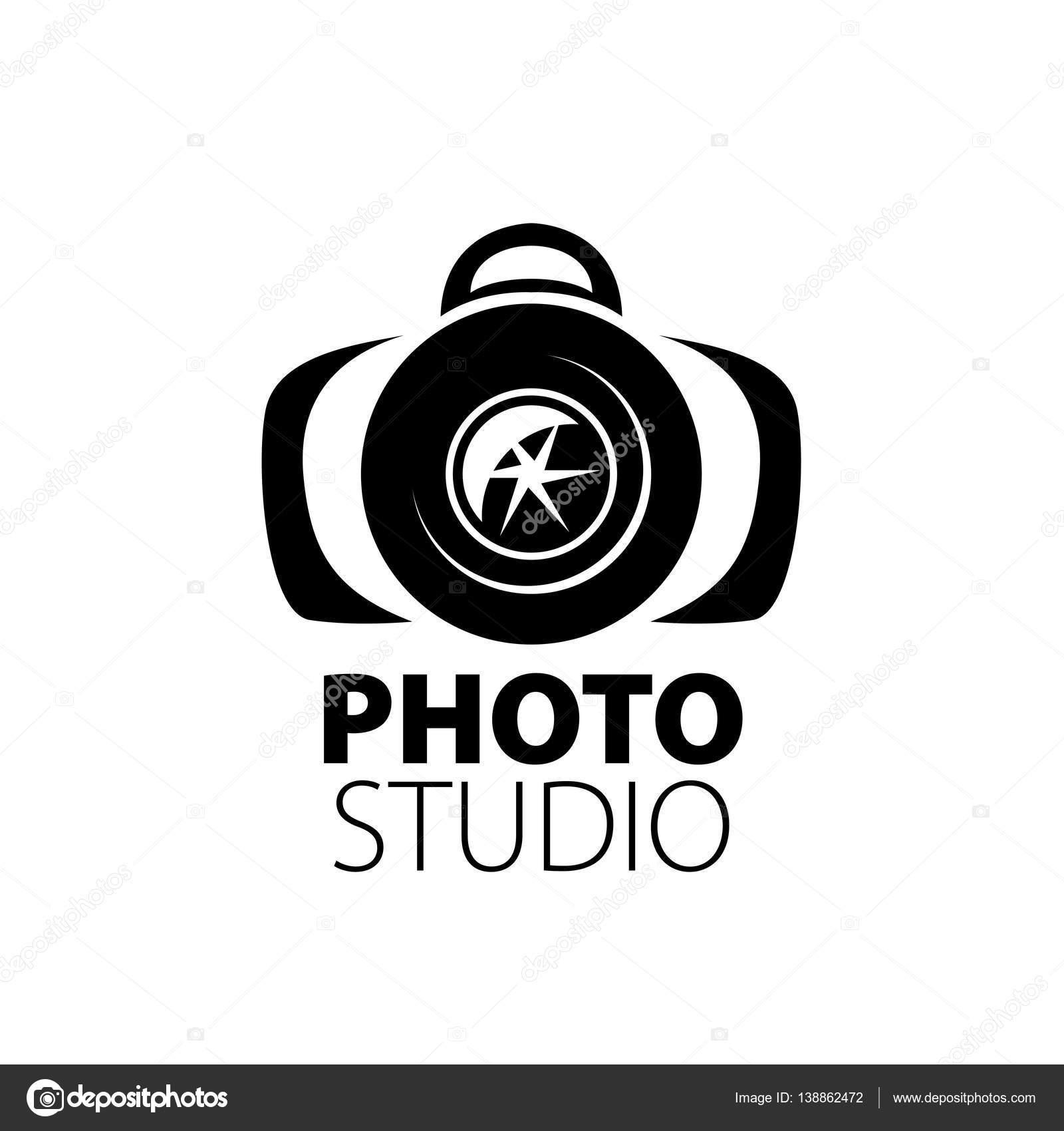 Conosciuto logo per studio fotografico — Vettoriali Stock © artbutenkov  MW04