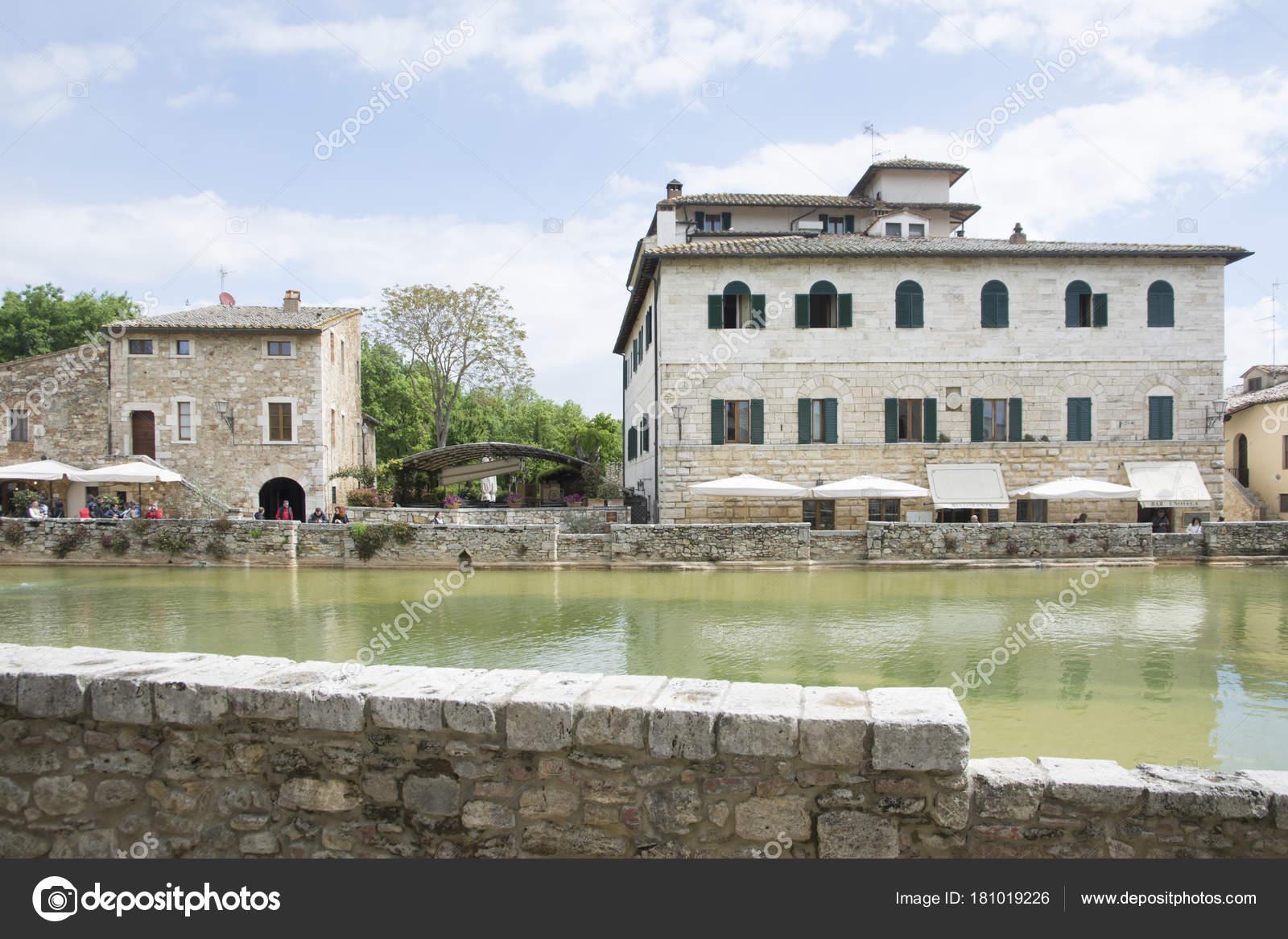 Bagni Vignone – Stock Editorial Photo © starmaro #181019226