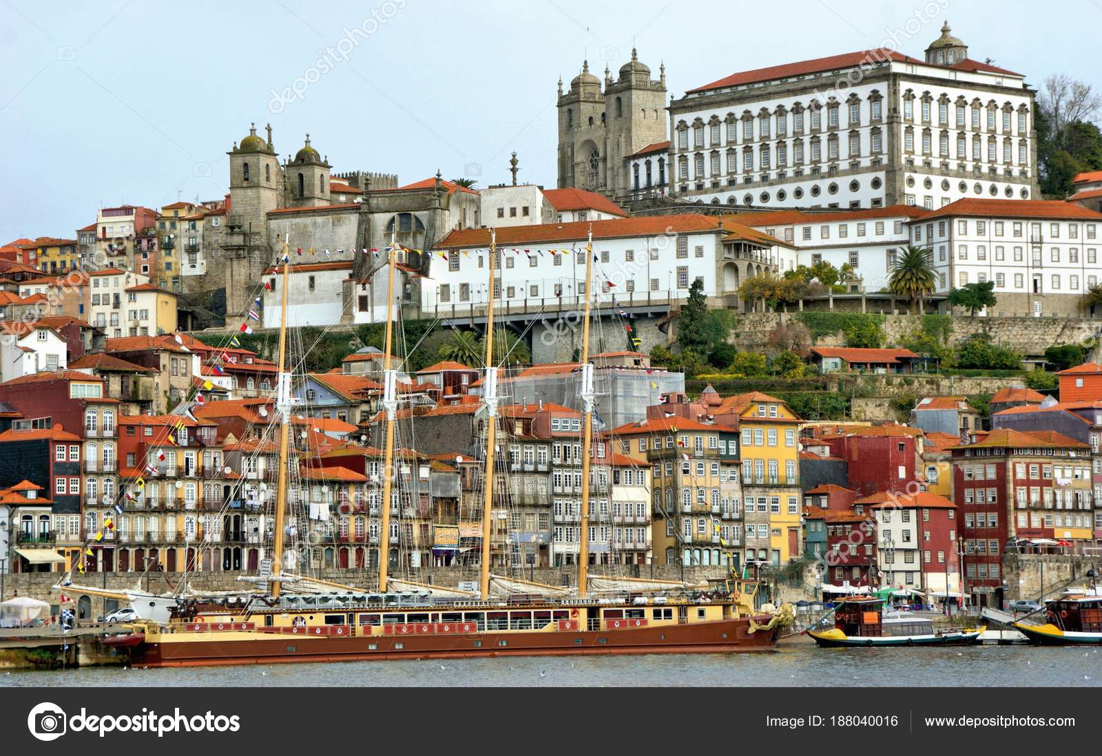 Ribeira view in Oporto, Portugal