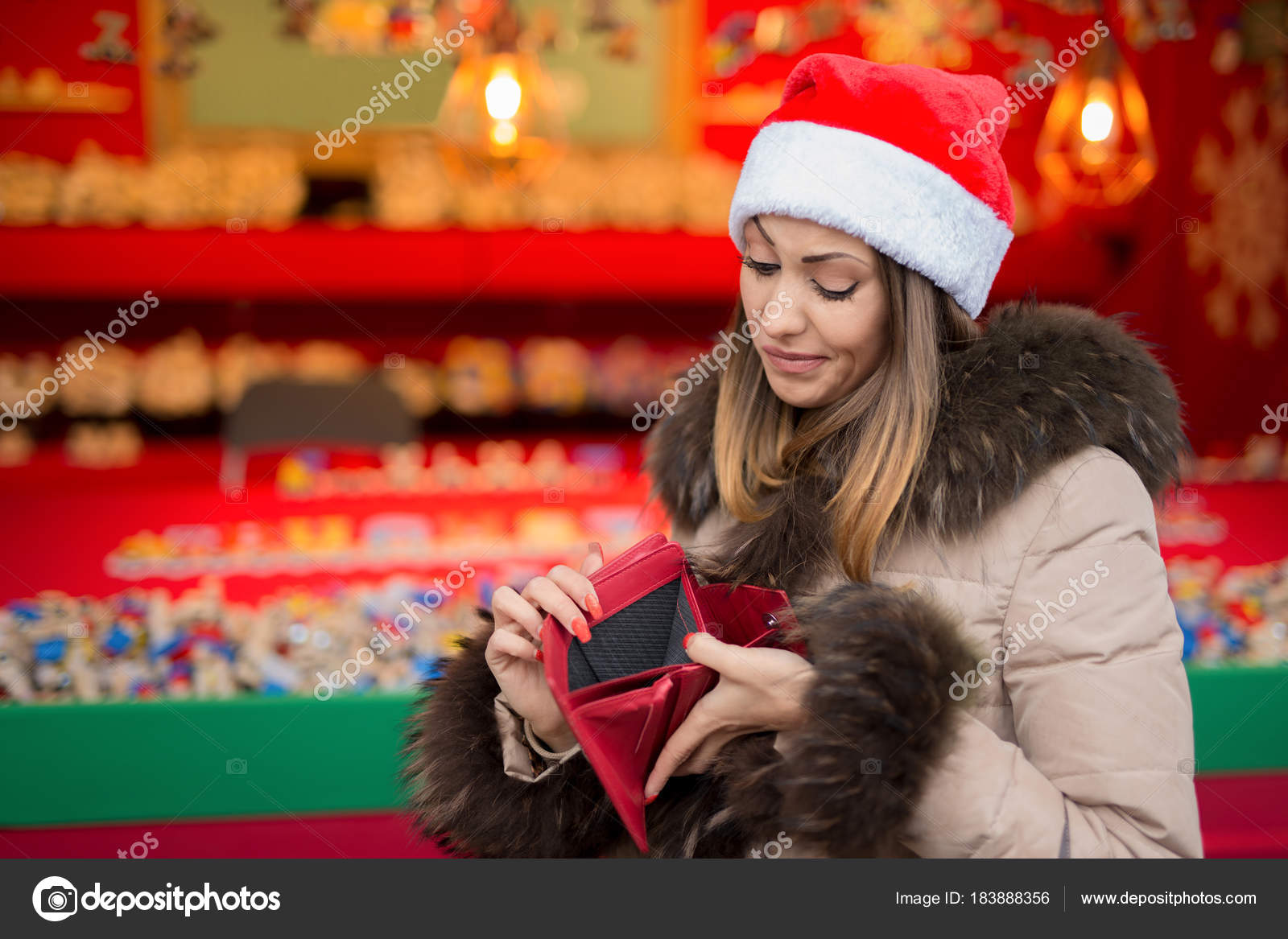 Beautiful girl with no more money christmas shopping — Stock Photo ...