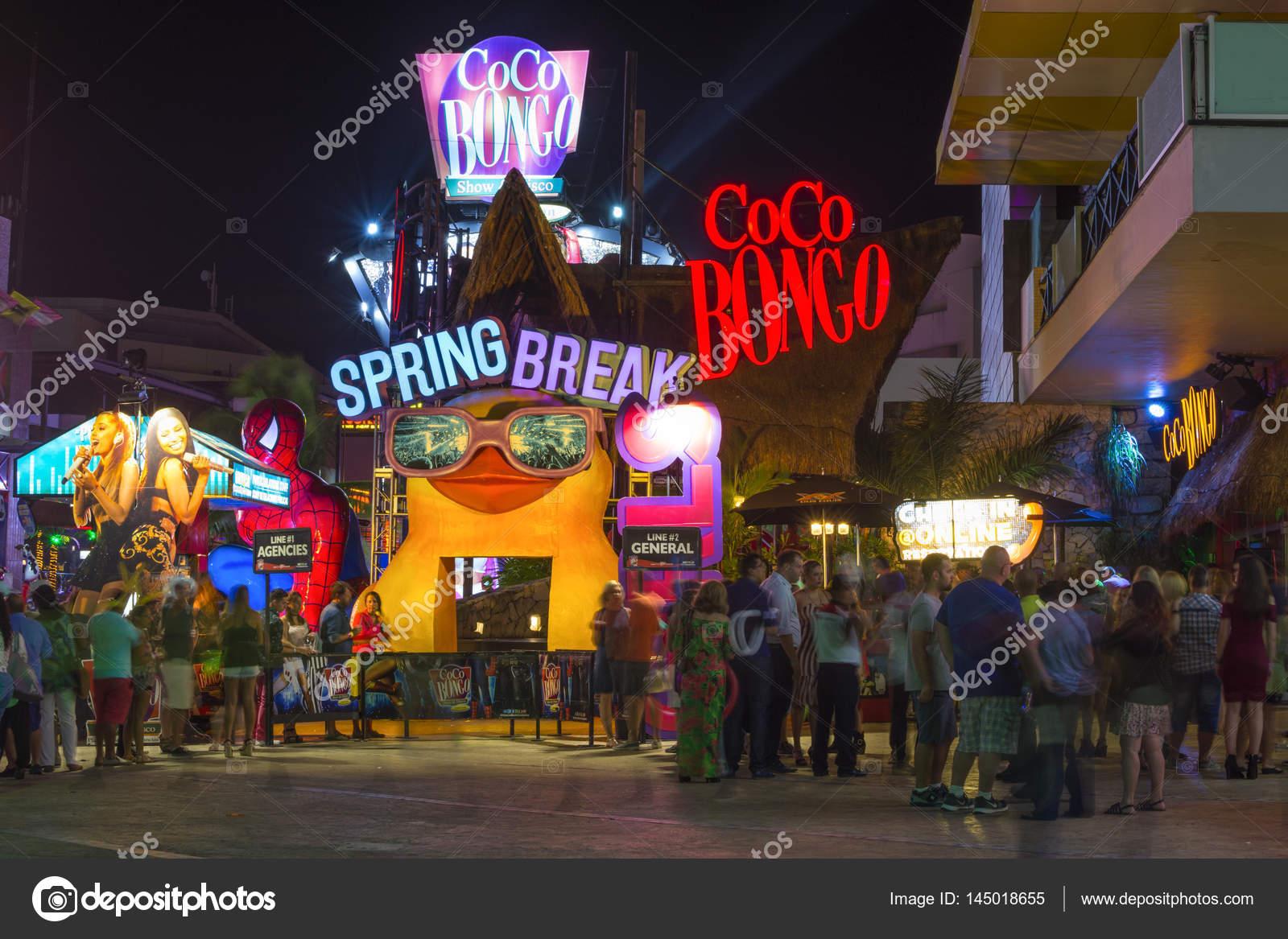 Spring Break In Cancun Party Zone Redaktionelles Stockfoto