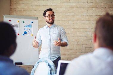 financial expert explaining methods of management