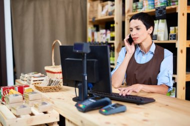 Self-employed woman working in supermarket