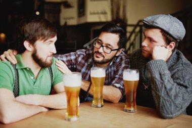Friends Meeting drinking Beer