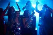 Fotografie Mädchen tanzen alle Nacht
