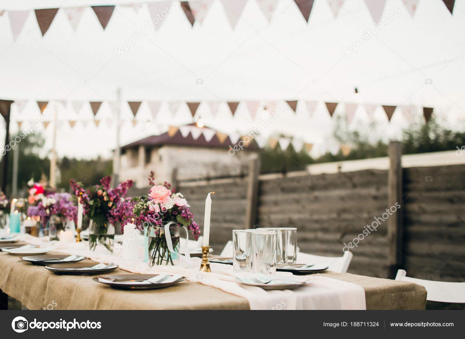 Hochzeitsfeier Schone Tisch Dekoration Stockfoto C Shunevich