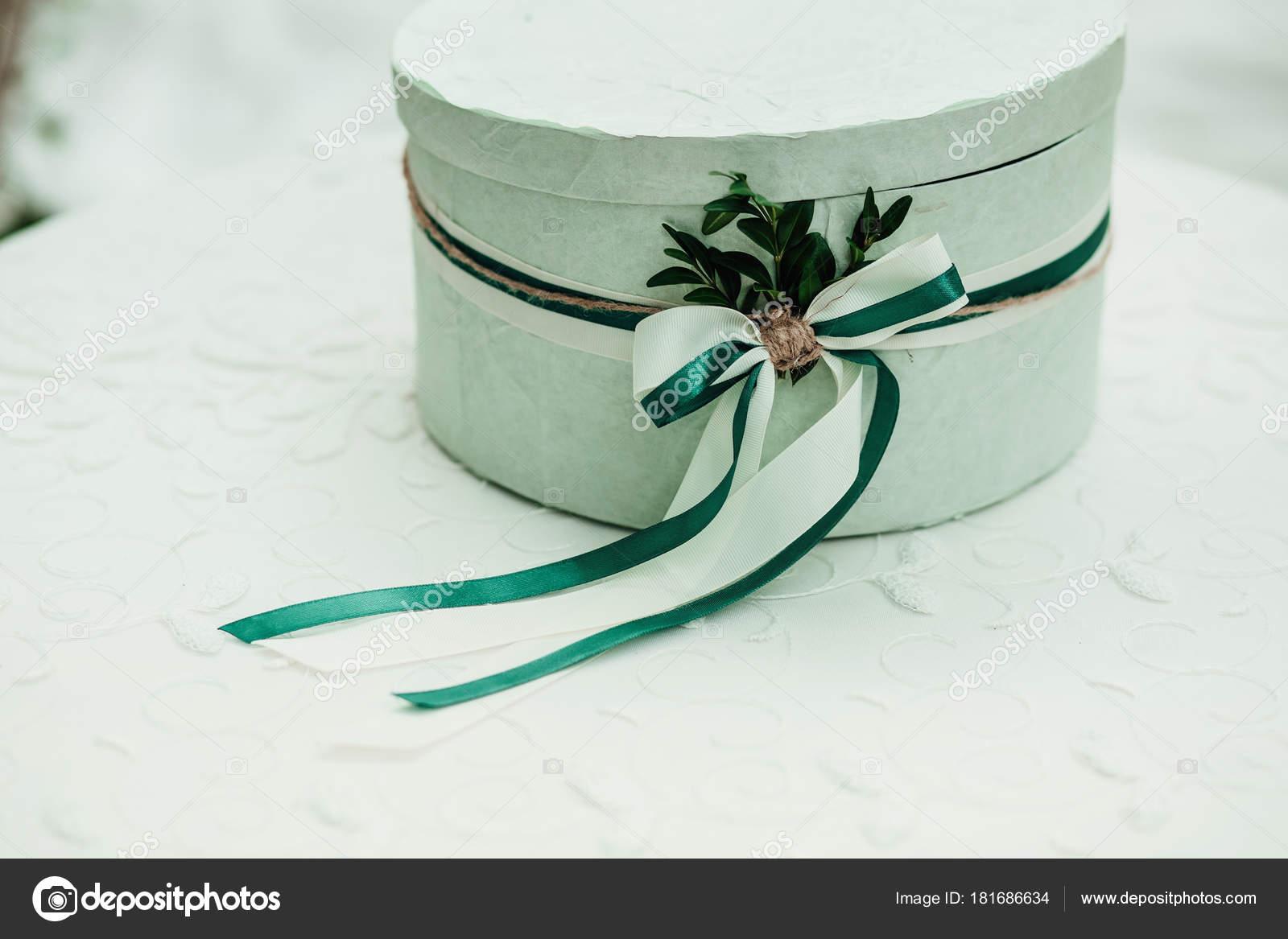 Kniha Pro Novomanzelum Blahoprani Krasne Svatebni Dary Box Pro Hosty
