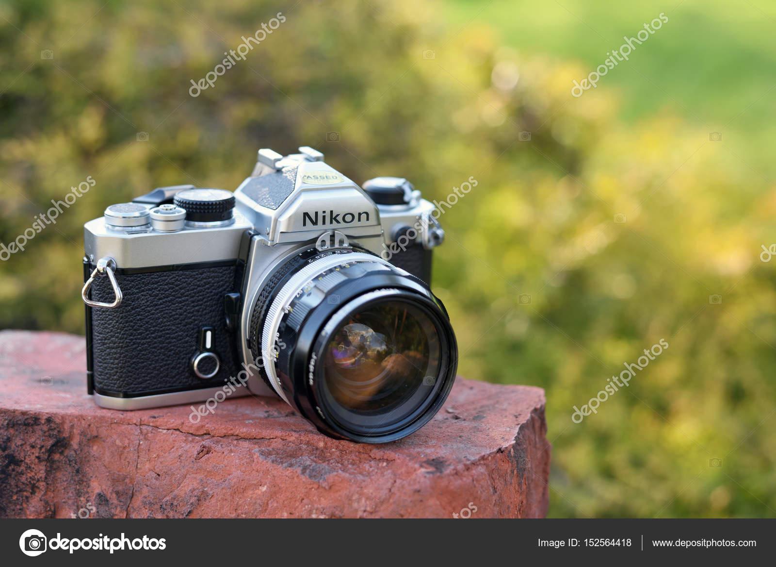 ニコン ビンテージ フィルム カメラ ストック編集用写真 fla 152564418