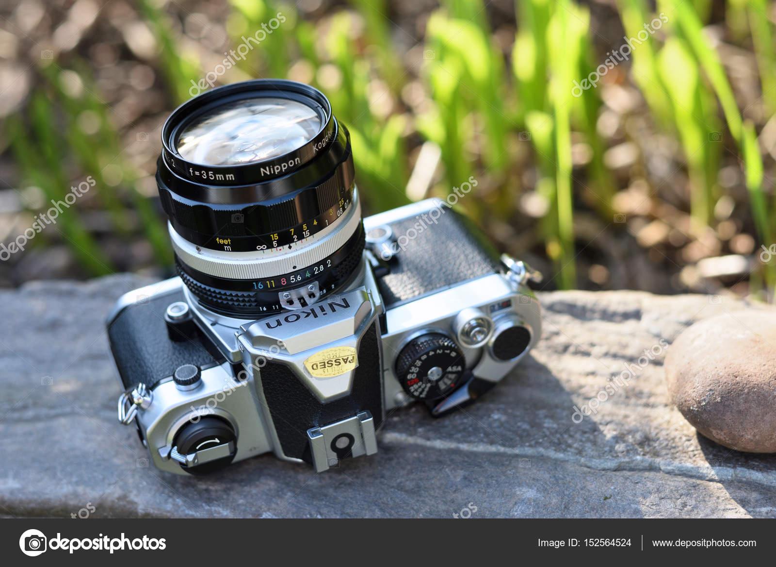 ニコン ビンテージ フィルム カメラ ストック編集用写真 fla 152564524