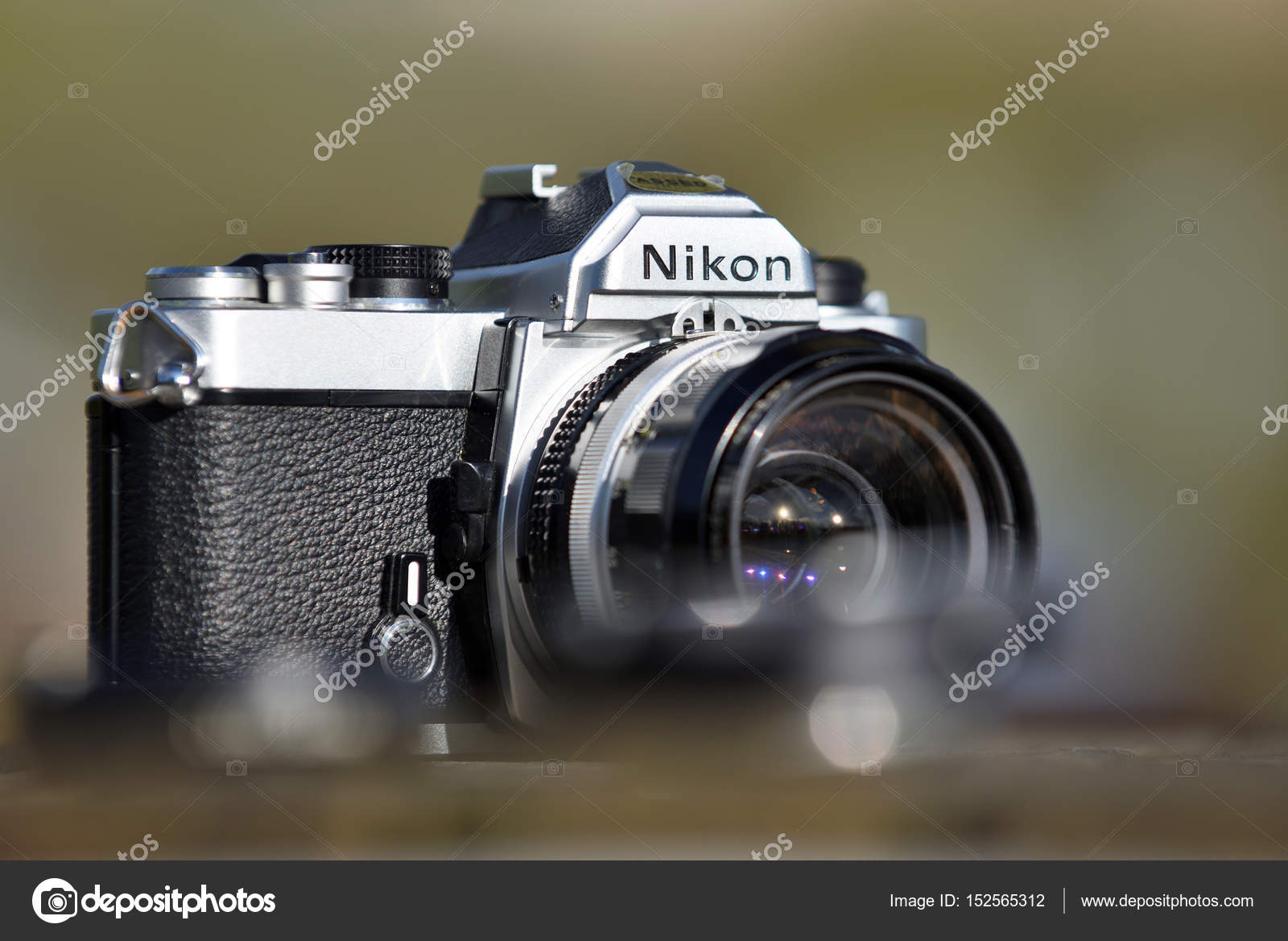 ニコン ビンテージ フィルム カメラ ストック編集用写真 fla 152565312
