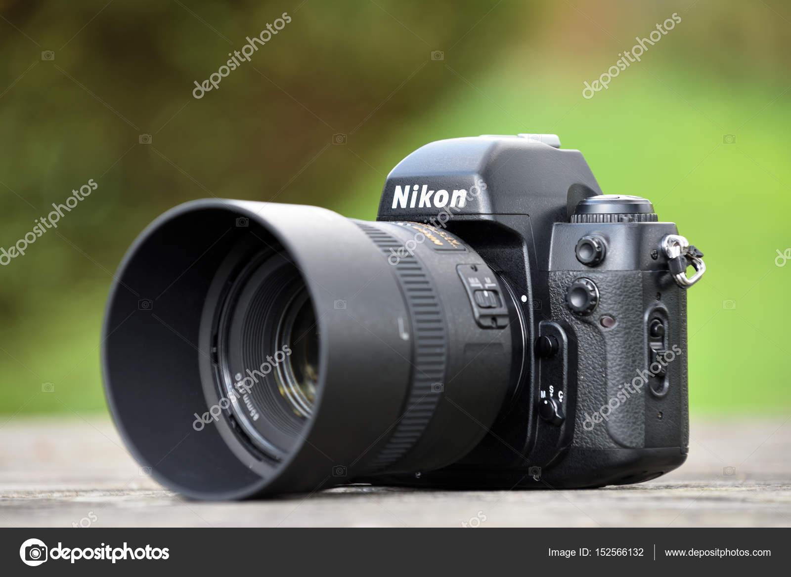 ニコン f 100 フィルム カメラ本体 ストック編集用写真 fla 152566132