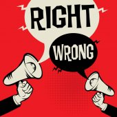 Fotografia Concetto di affari di mano megafono giusto vs sbagliato