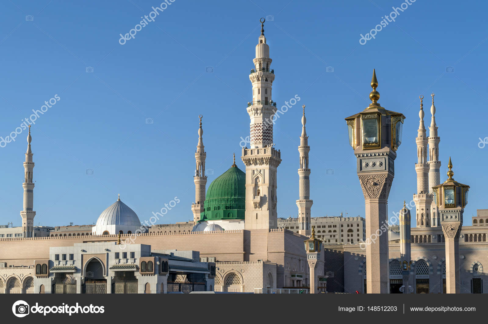 dome and minarets of nabavi mosque — stock photo © ikurucan #148512203