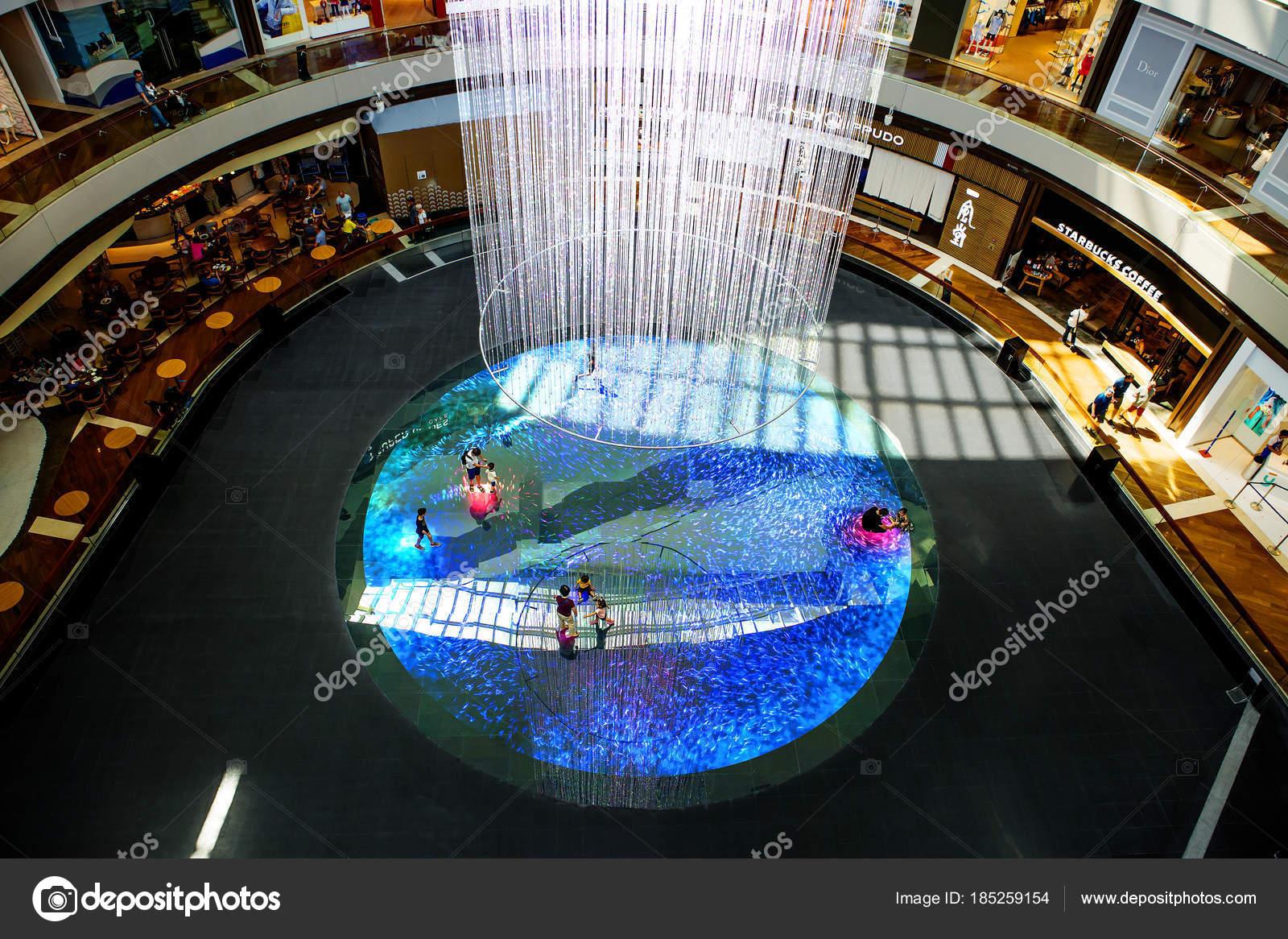 Singapore 2018 Light Installation Marina Bay Sands Using Teamlab