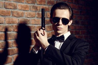 gun man. Secret agent, mafia.