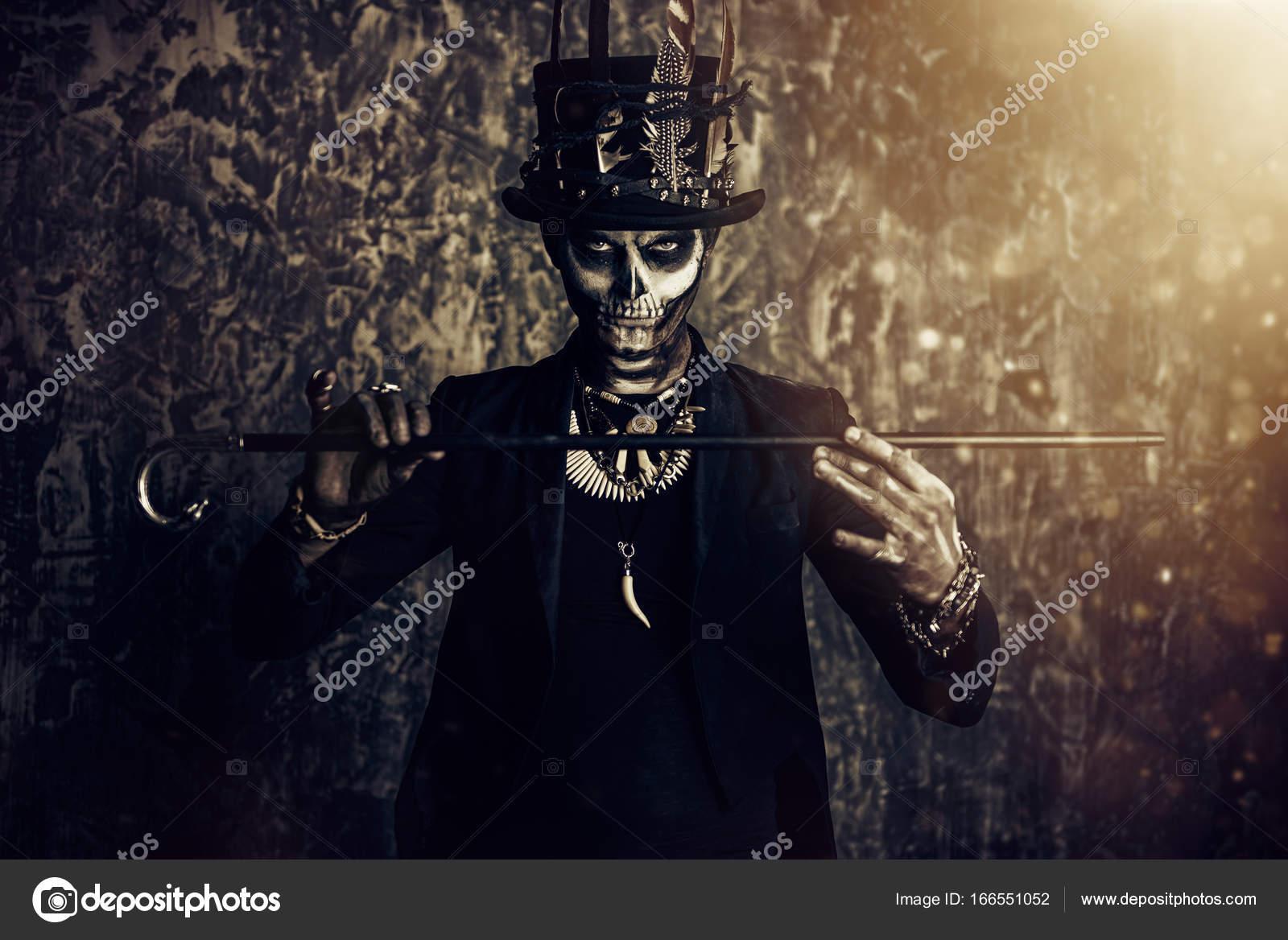 hombre esqueleto Scary Fotos de Stock prometeus 166551052