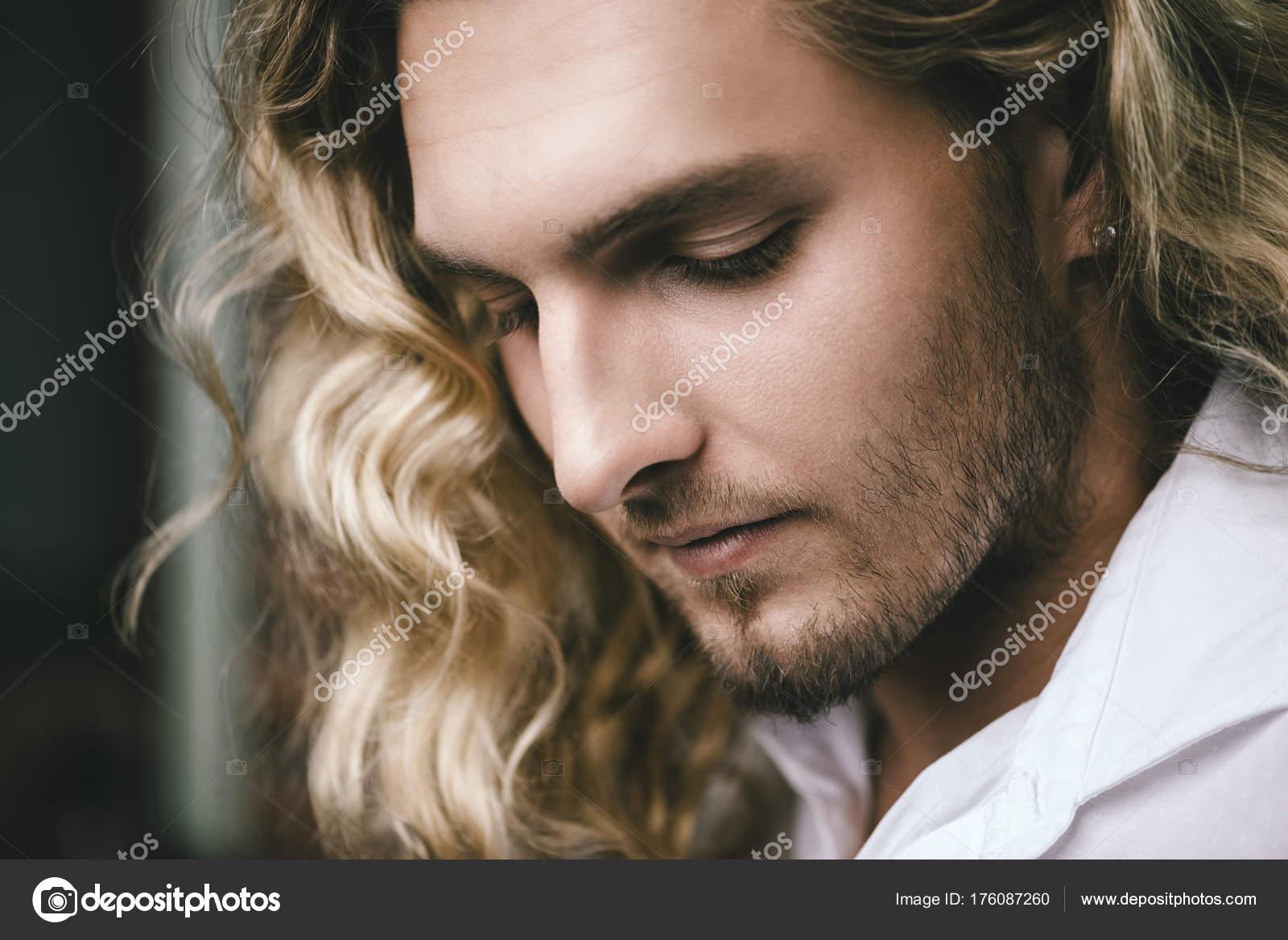 mann blond