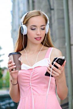 music on smartphone