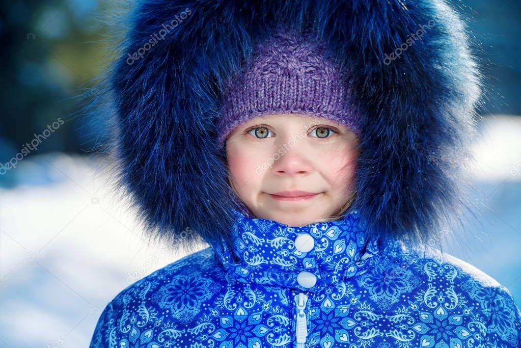 kid on winter