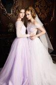 Fényképek őméltósága esküvői ruhák