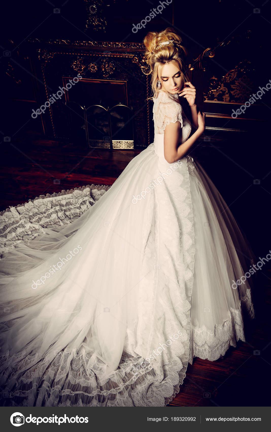 Hochzeit Spitzenkleid — Stockfoto © prometeus #189320992