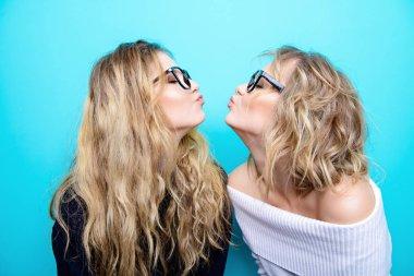 girlfriends in glasses