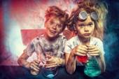 Fotografia grande esplosione chimica