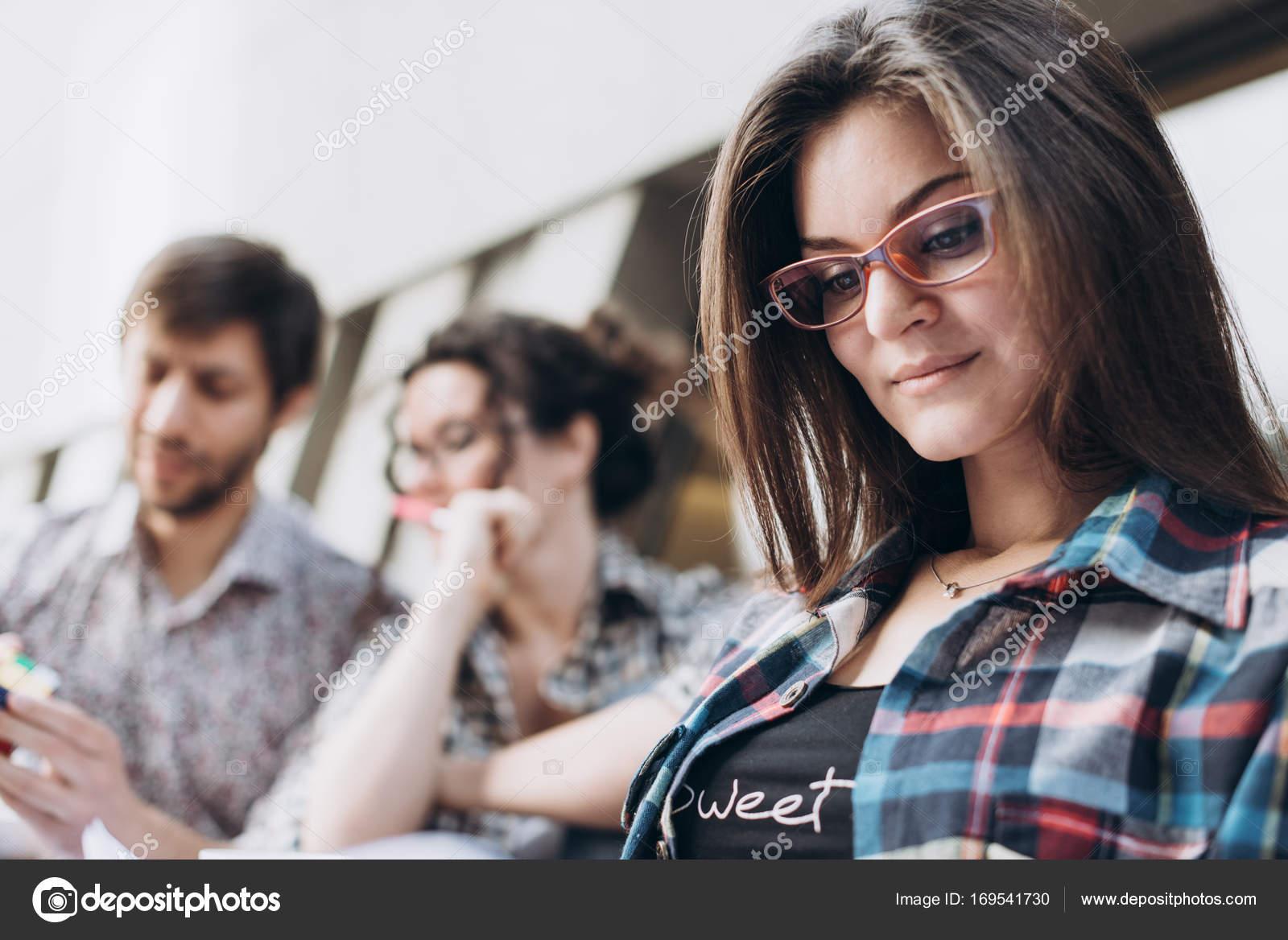 Порно лейсбиянки молодые