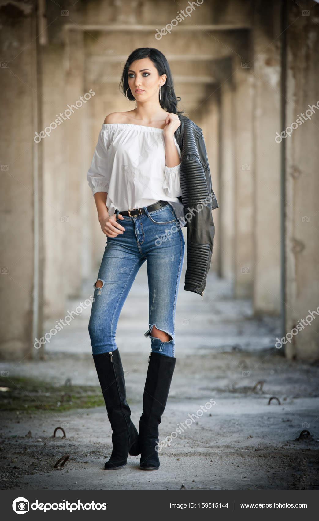 belle femme en botte sexy