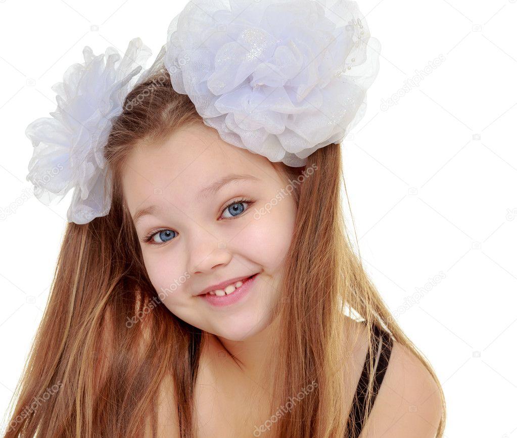 Трахнуть девочку с бантами скачать фото 696-913