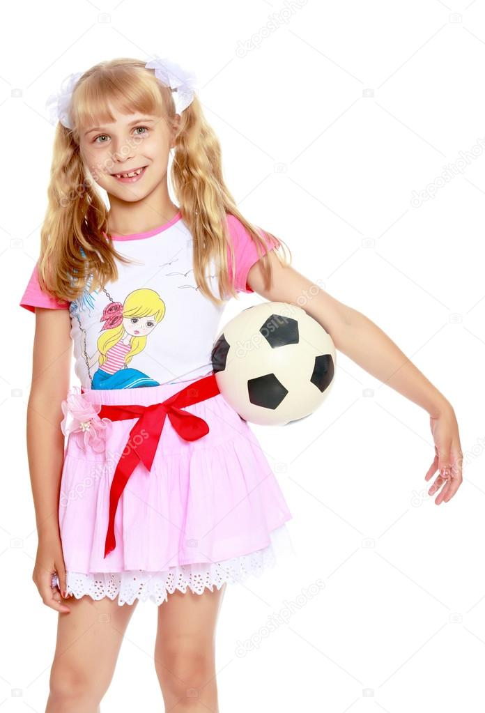 fe3c7125a Girl playing with soccer ball — Stock Photo © lotosfoto1  128025488